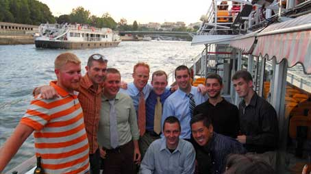 header-highlights-guysonbateauxmouche