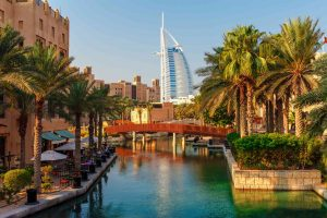 Discover how to spend the day in Dubai!